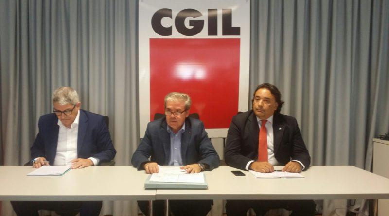 CONFERENZA STAMPA CGIL CISL UIL: GARANTIRE LAVORO E SERVIZI